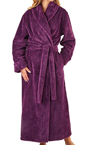 Slenderella Womens Waffle Fleece Dressing Gown Ladies Super Soft Wrap Bath  Robe Small (Plum)  Amazon.co.uk  Clothing 1b363934b
