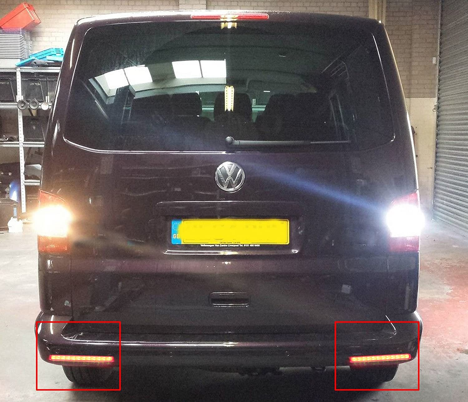 bslighting VW TRANSPORTER T5 Caravelle, Multivan parachoques reflector LED cola freno Detener luz: Amazon.es: Coche y moto