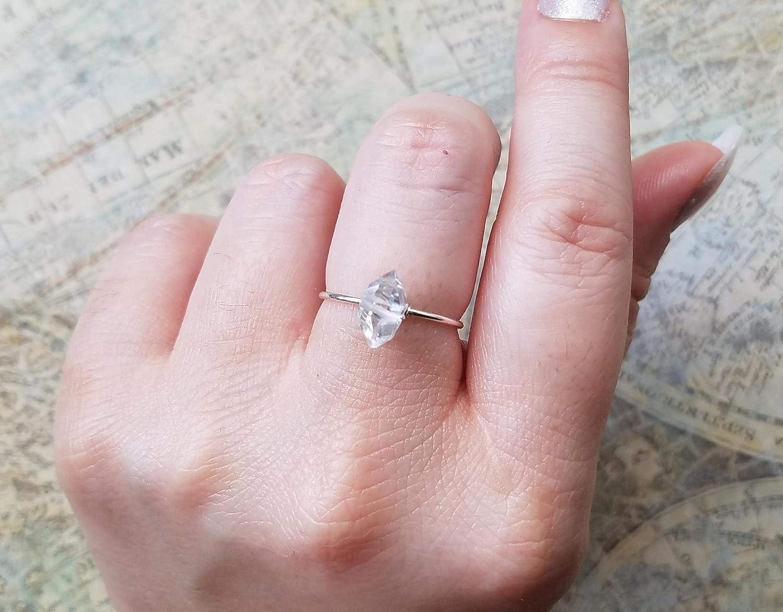 925 Silver Herkimer Diamond Ring Ring White Diamond Crystal Ring Herkimer Diamond Ring Hammered Silver Ring Raw Herkimer Diamond Ring