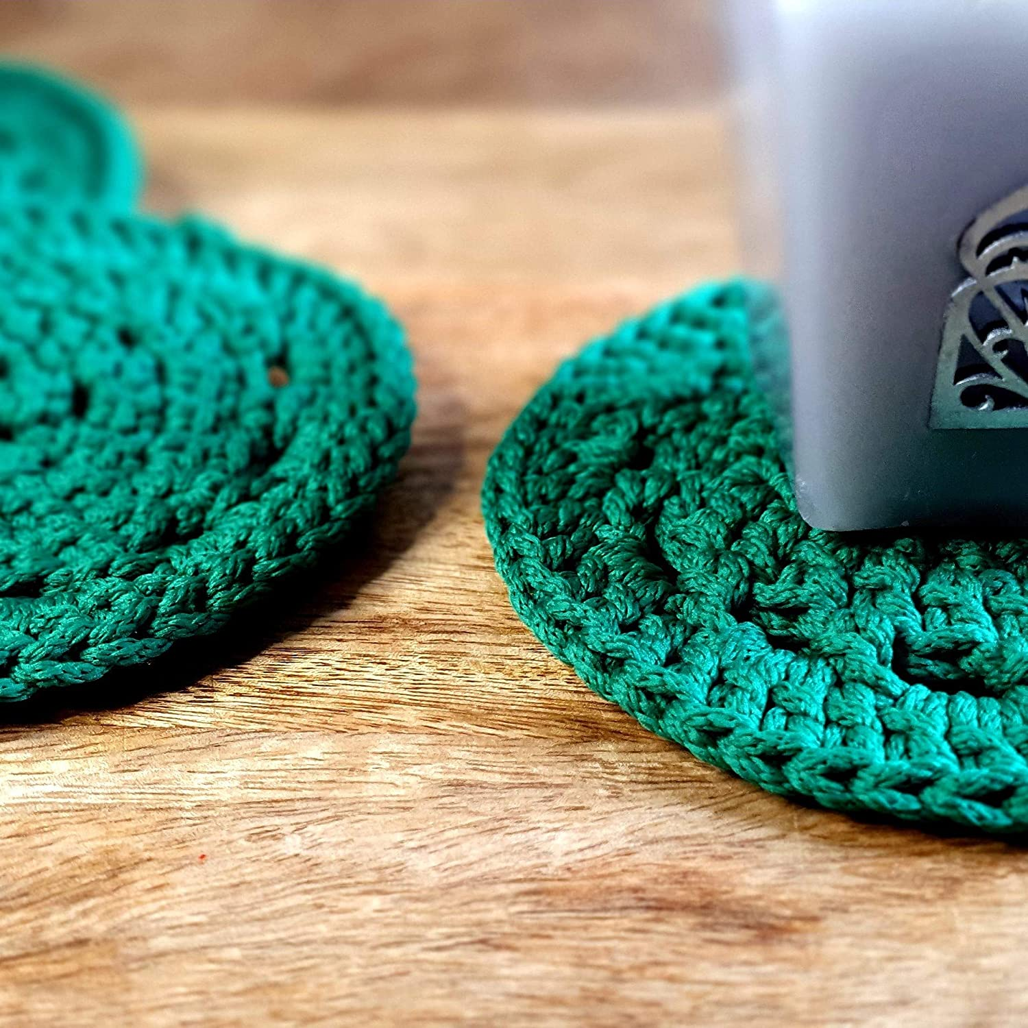 Crochet Chic Handmade Coasters Mug Mat Set Of 4 10x10cm Amazon Co Uk Handmade