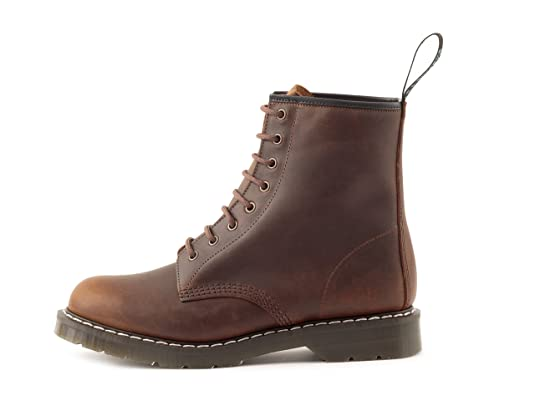 8ff39ccd4551d Amazon.com | Solovair Men's 8 Eye Derby Made in England | Boots
