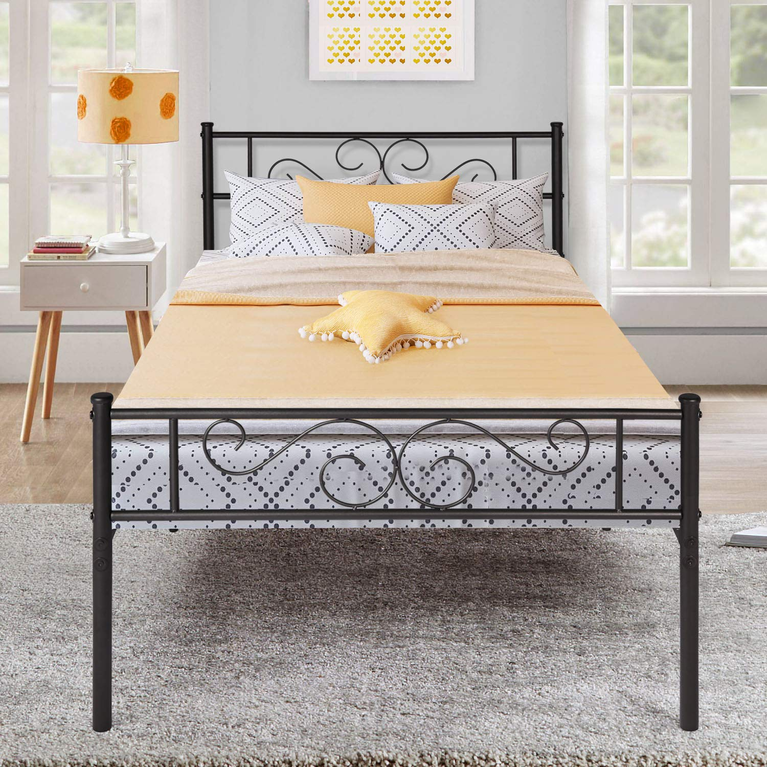 VECELO Metal Platform Bed Frame Mattress Foundation with Vintage HeadBoard Footboard, Easy Assembly Twin Black