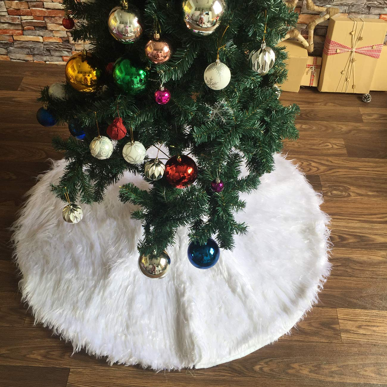 ShiyiUP White Christmas Tree Decoration Skirt with The Embroidery of Snow for Merry Christmas Party Decoration