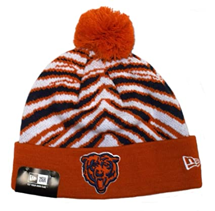 f43b22e1a Amazon.com : Zubaz NFL Chicago Bears Pom/Cuff Knit Hat : Sports ...