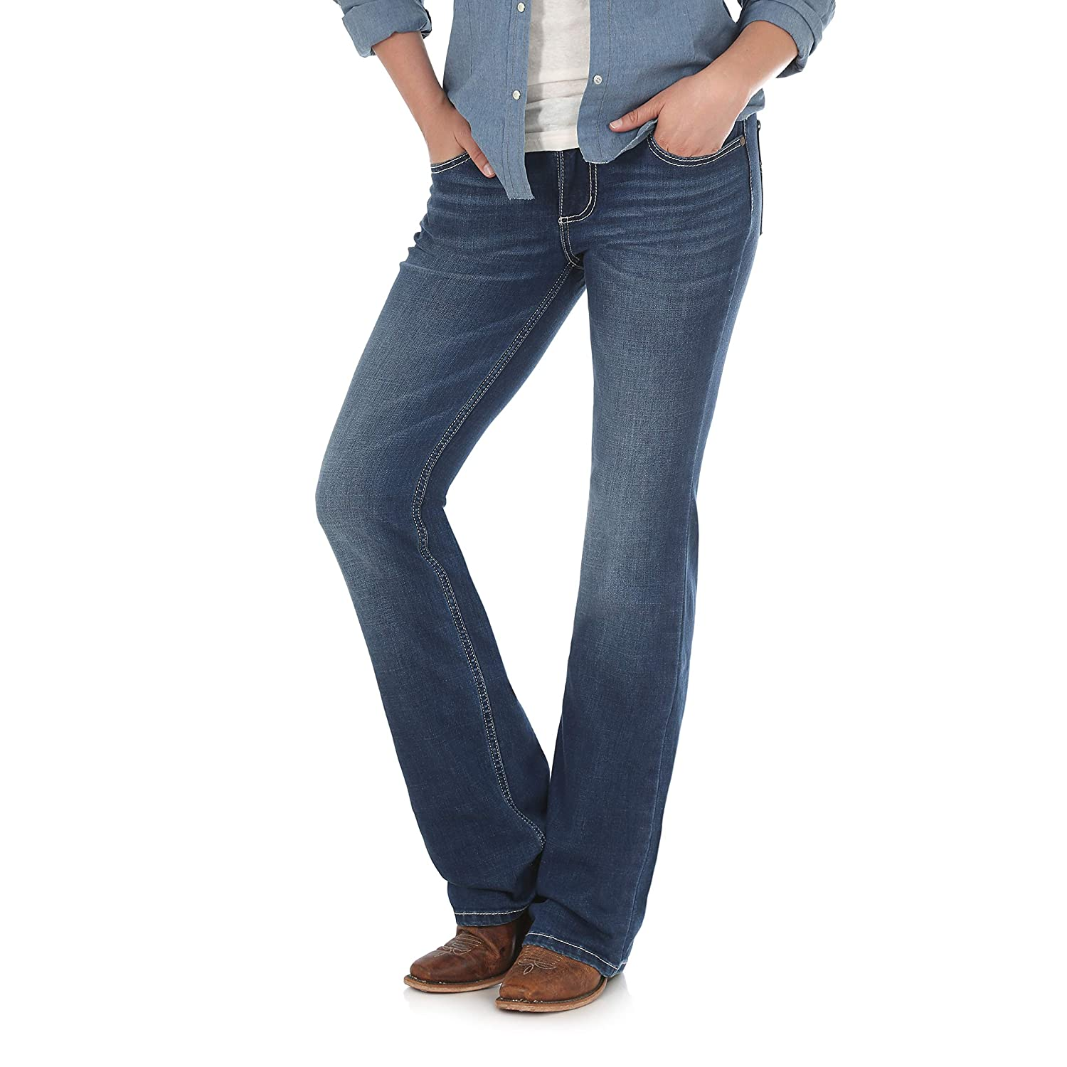 90137254 Wrangler Women's Retro Sadie Low Rise Stretch Boot Cut Jean at Amazon  Women's Jeans store