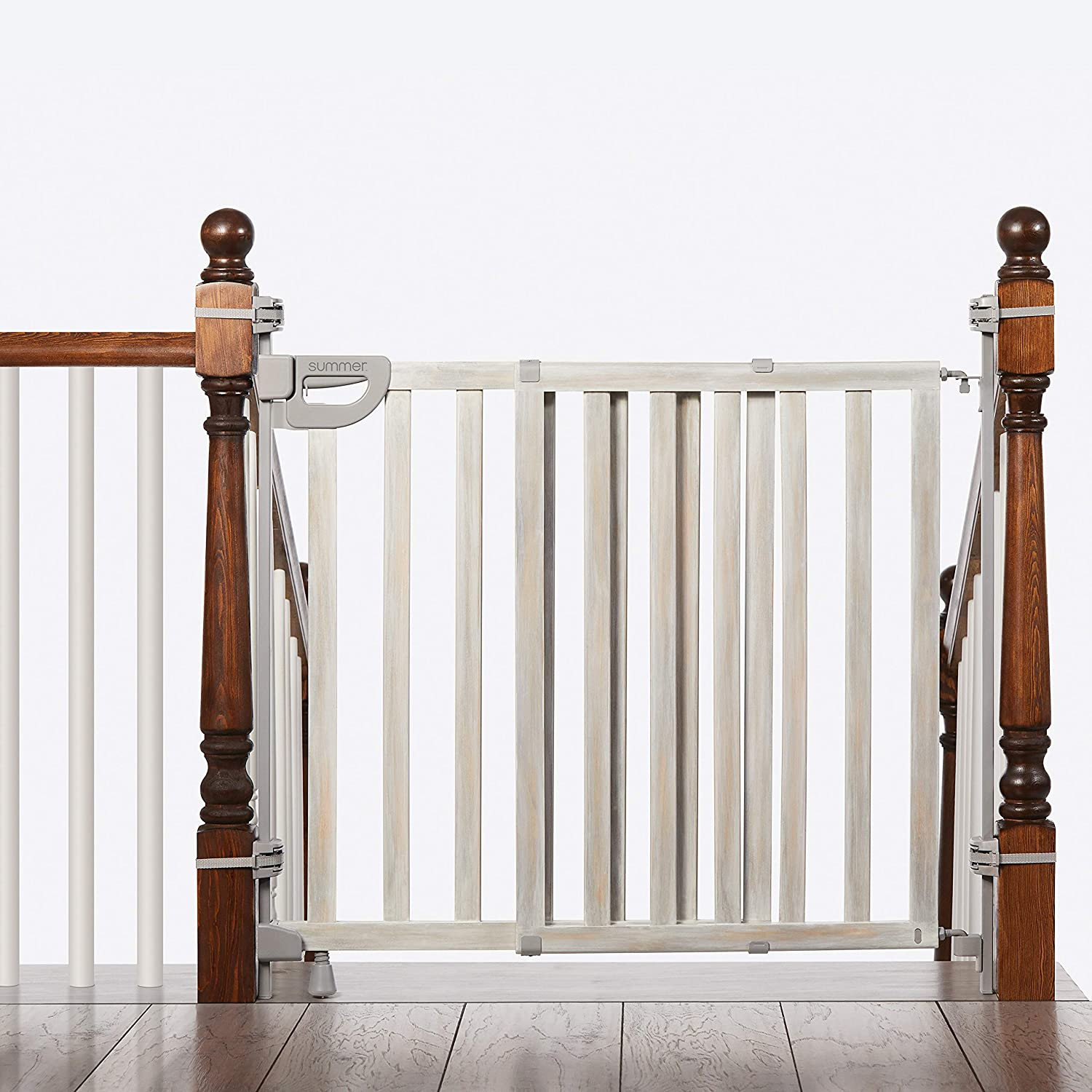 Summer Infant Banister & Stair Safety Gate With Extra Wide