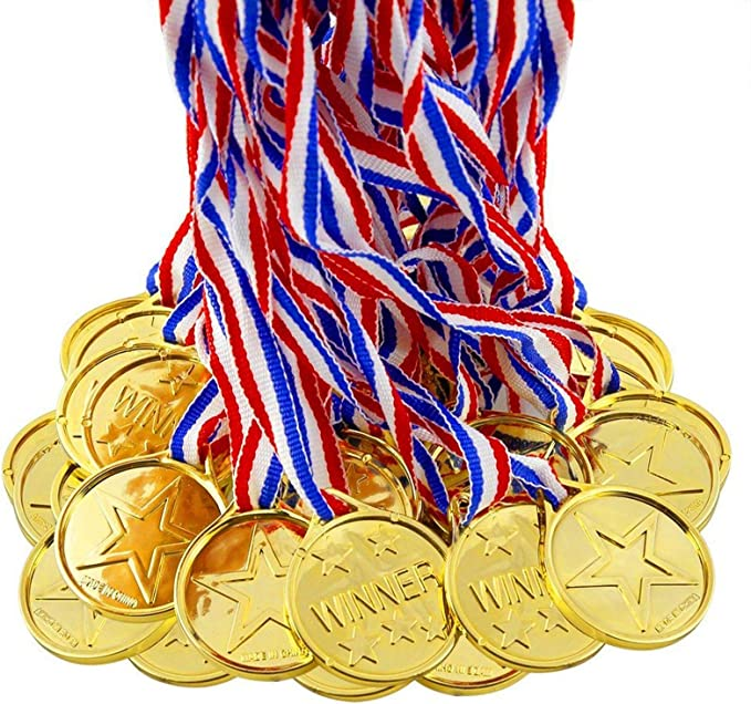 BJ-SHOP Medallas Ninos,Medallas Deportivas Premios plasticos de Oro para los ninos Fiesta Deportiva del Dia Recompensa tematica olimpica: Amazon.es: Juguetes y juegos