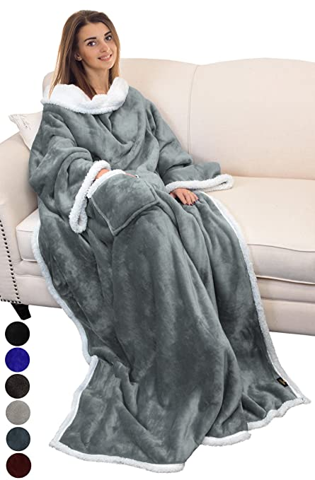 Amazon.com  Catalonia Sherpa Wearable Blanket with Sleeves Arms ... 76105e0d5b