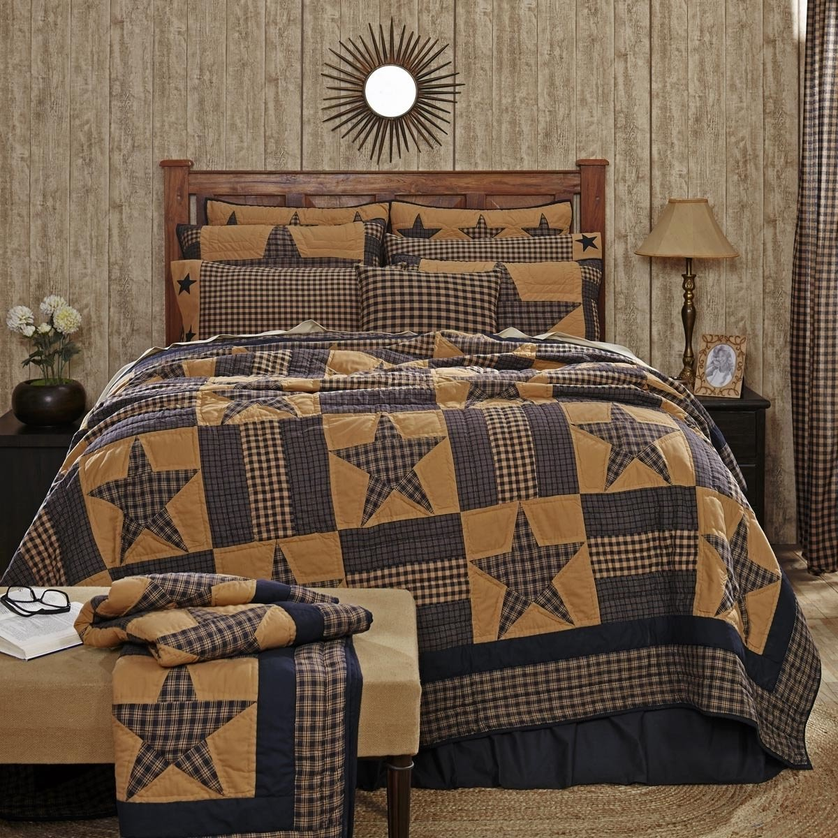 1 Piece Classic Patchwork Stars Patterned Quilt King Size, Traditional 8 Point Earthy Star Geometric Stripes Bedding, Bold Rustic Checkered Lines, Vintage French Country Style Bedroom, Tan, Navy