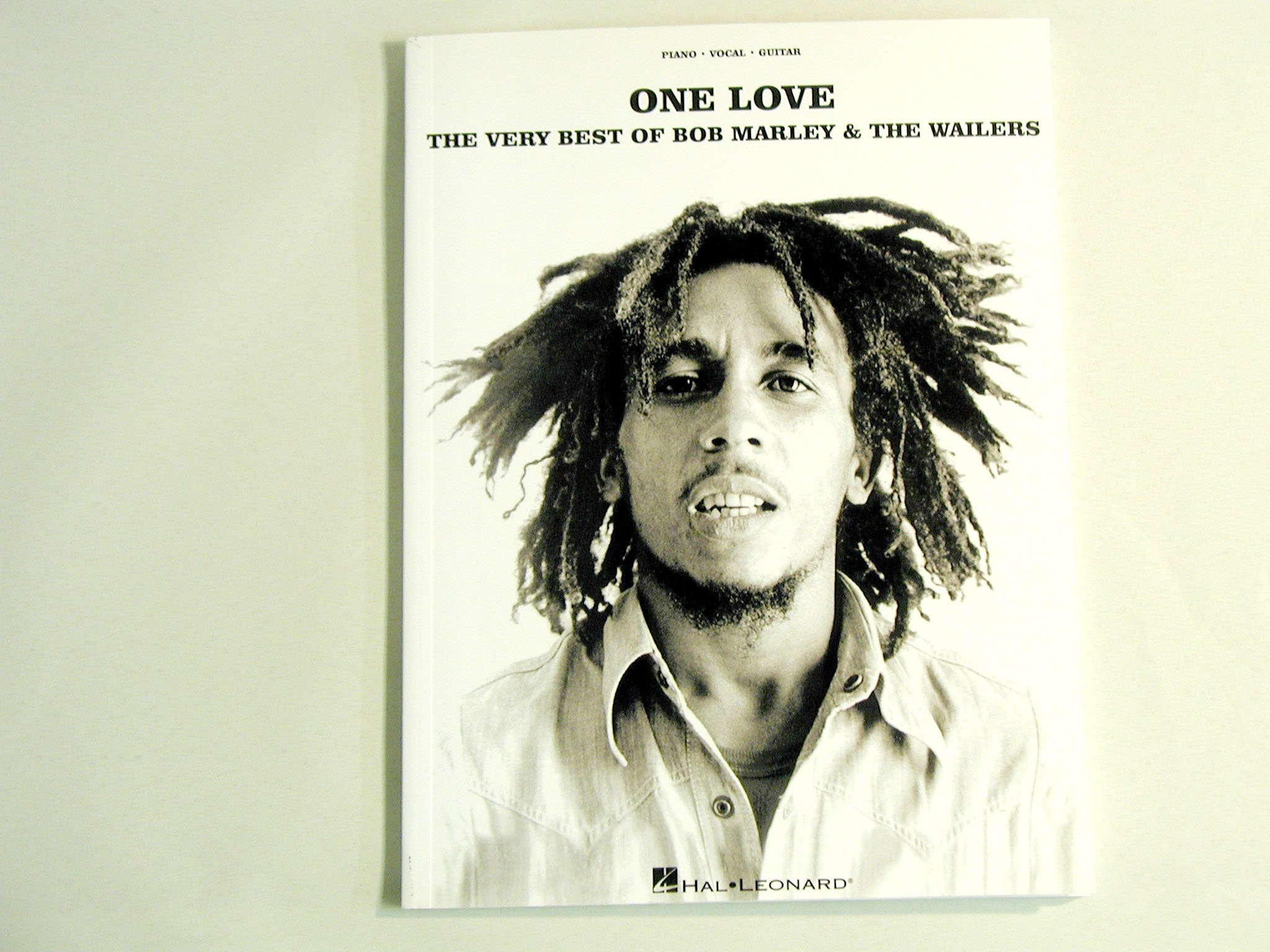 One Love: The Very Best Of Bob Marley And The Wailers PVG ...