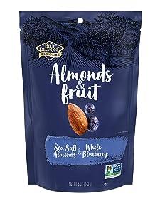 Blue Diamond Almonds & Fruit Bag, Sea Salt Almonds & Whole Blueberry, 5 oz