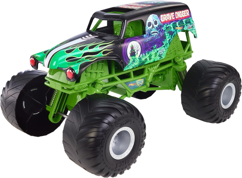 Amazon Com Hot Wheels Monster Jam Big Truck Grave Digger Vehicle Mattel Toys Games