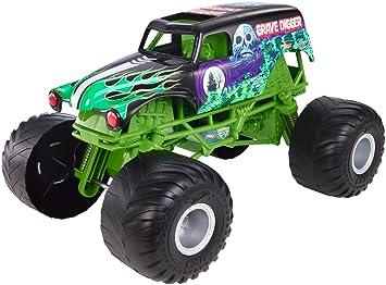 Amazon Com Hot Wheels Monster Jam Giant Grave Digger Truck Toys