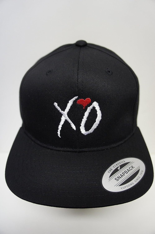 75855cdc6f2de Amazon.com   XO The Weeknd Drake Snapback Hat   Everything Else
