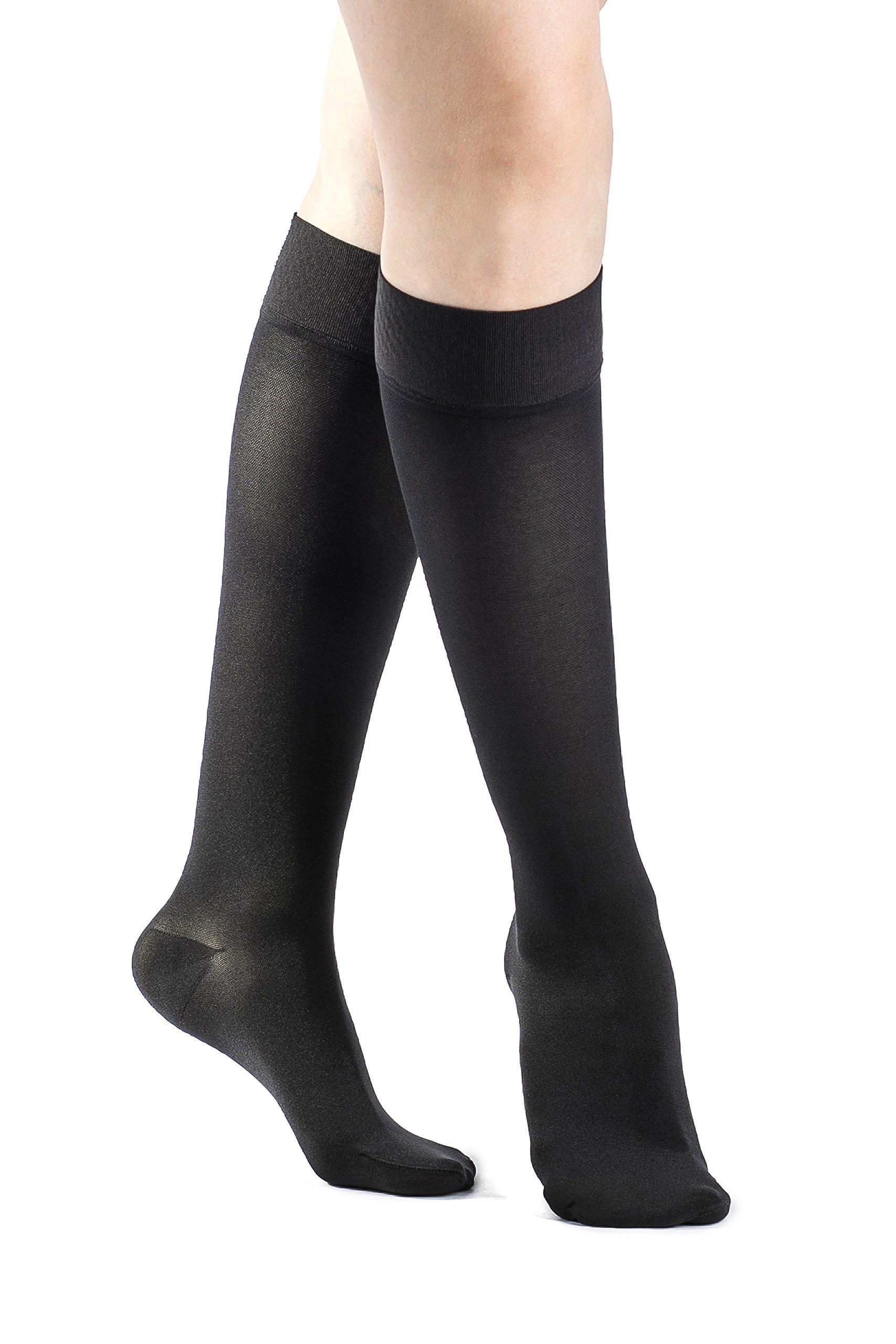 9b0d6ed74 Amazon.com  SIGVARIS Women s Select Comfort 860 Closed-Toe Calf High Hose  w Grip Top 20-30mmHg  Health   Personal Care