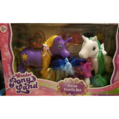 Wonder Pony Land -Little Pony Family Set of 4 Dream Collection: Toys & Games