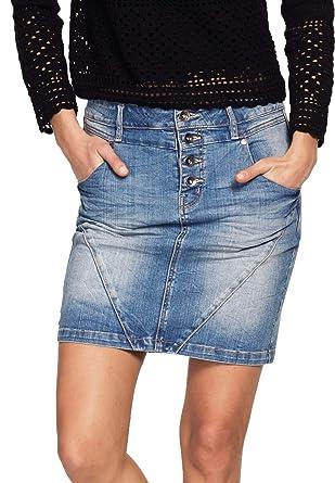 b9de2ef8ea16f Ellos Women s Plus Size 4-Button Denim Skirt at Amazon Women s ...