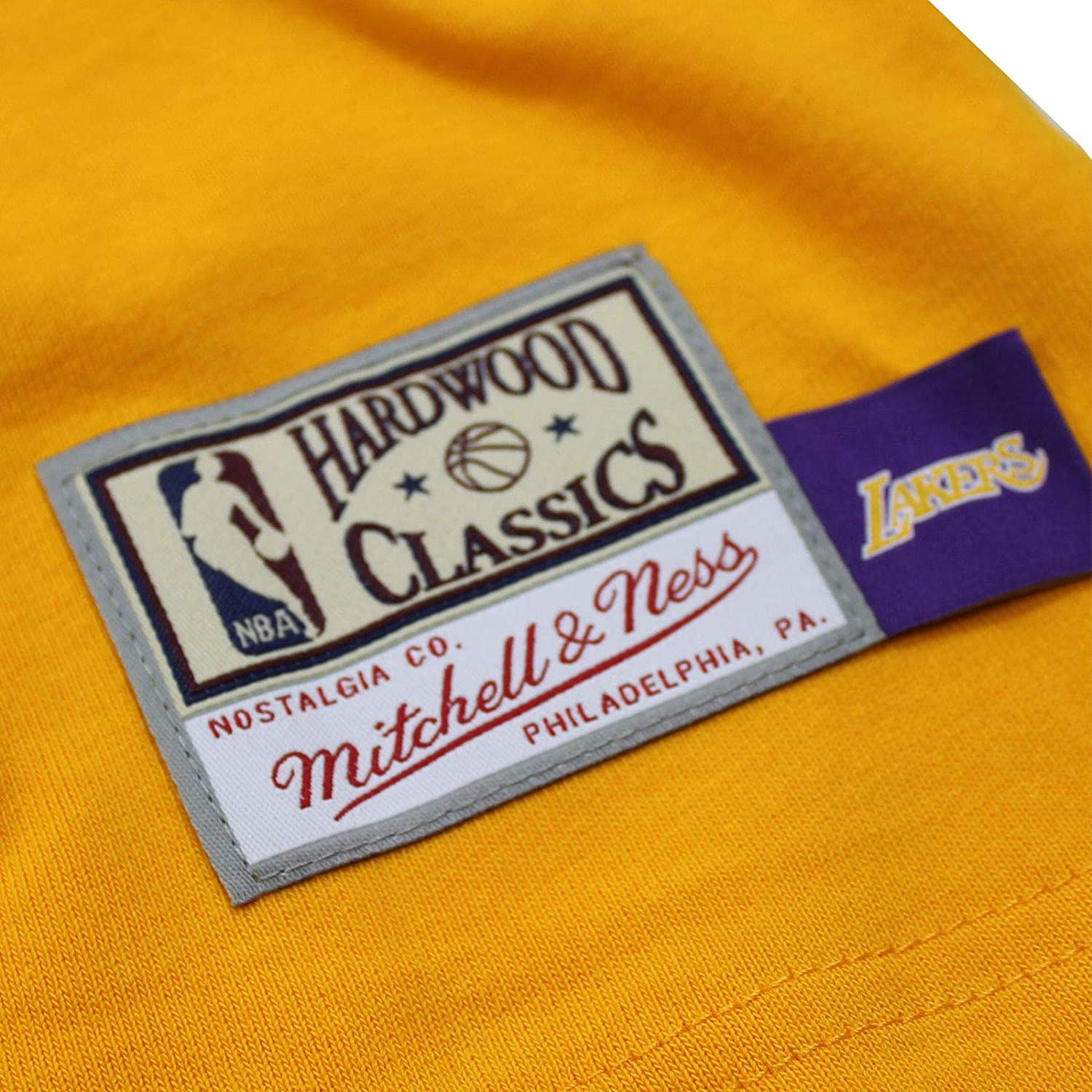 Mitchell /& Ness Big Face Lakers T-Shirt