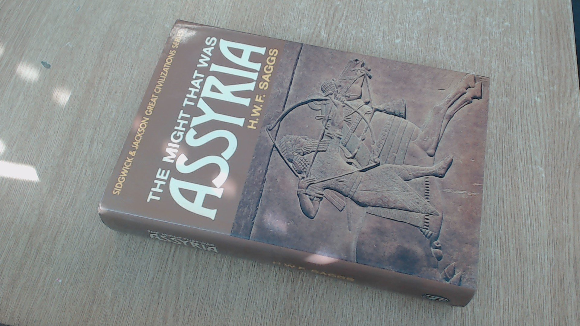 The Might that Was Assyria (Great Civilizations Series) (Great civilization series)