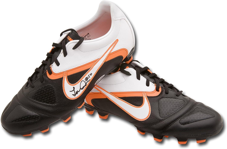 Landon Donovan Autographed Nike CTR360