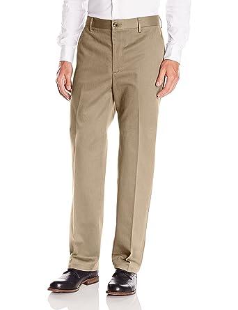 ac5a908139c Dockers Men s Classic Fit Signature Khaki Pants D3 at Amazon Men s Clothing  store