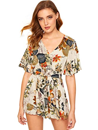 5b1f544480 SHEIN Women s V Neck Floral Print Tie Waist Short Romper Jumpsuit X-Small  Multicolor