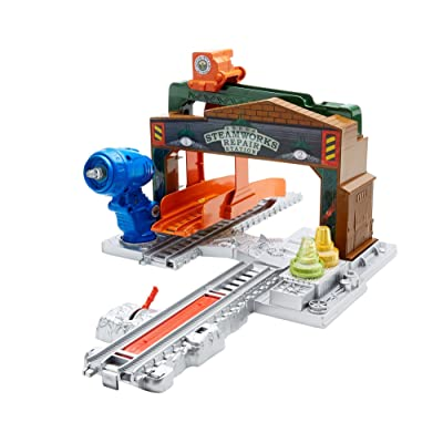 Fisher-Price Thomas & Friends TrackMaster, Steamworks Repair Station: Toys & Games