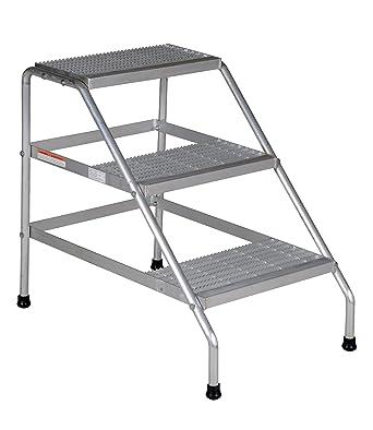 Amazon Com Vestil Ssa 3 Kd Aluminum Step Stand Knock Down 34 9 16 X 22 13 16 21 Lbs Industrial Scientific