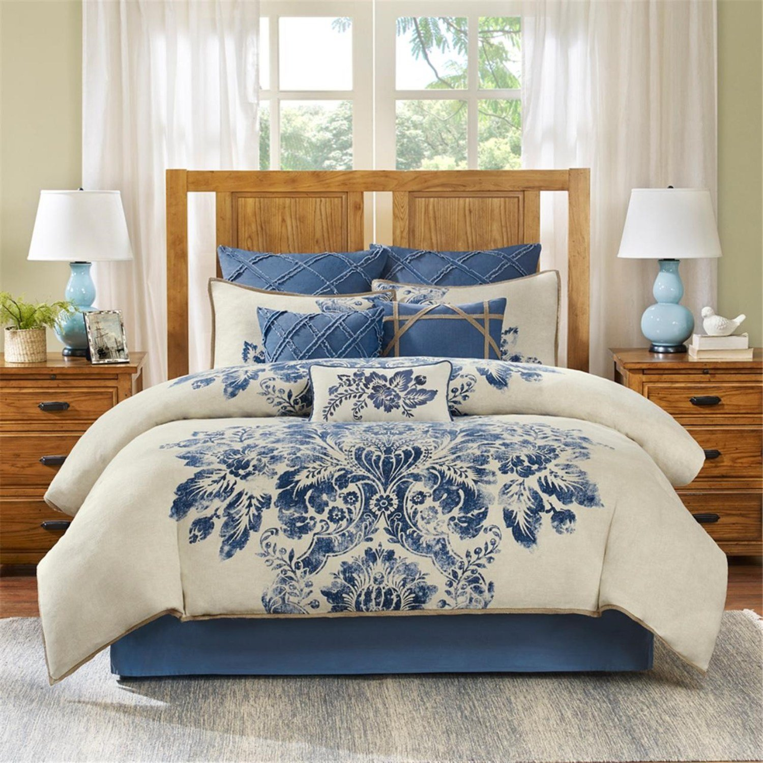 Harbor House St. Tropez 4 Piece Comforter Set, King, Multicolor