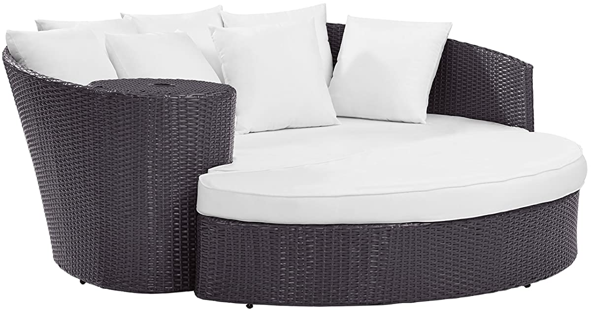 Crosley Furniture CO7145BR-WH Biscayne Outdoor Wicker Daybed with White Cushions - Brown