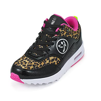 Zumba Women s Air Classic Fashion Sneaker B0743WNLDD