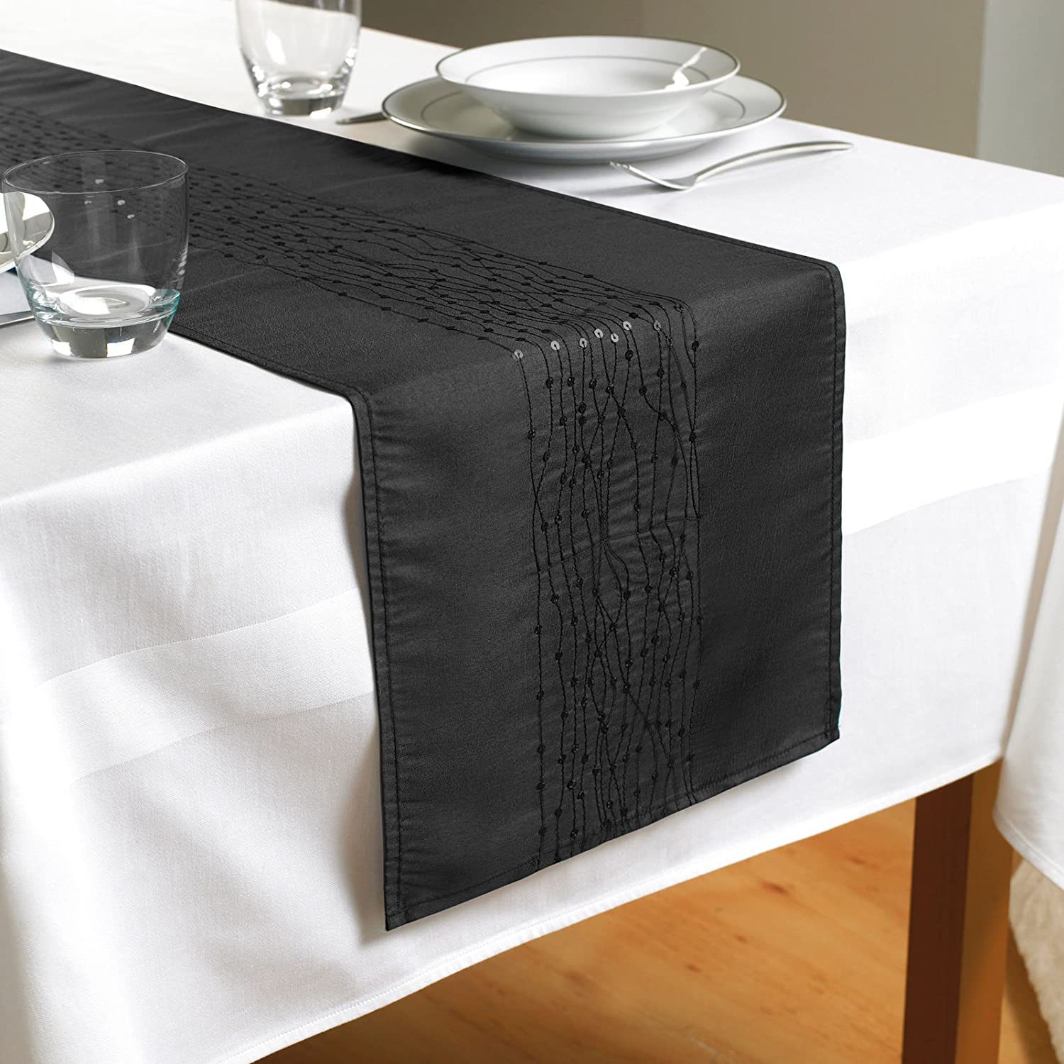 NEW Embroidered Taffeta Table Runner- Black- (TAB110498) Country Club