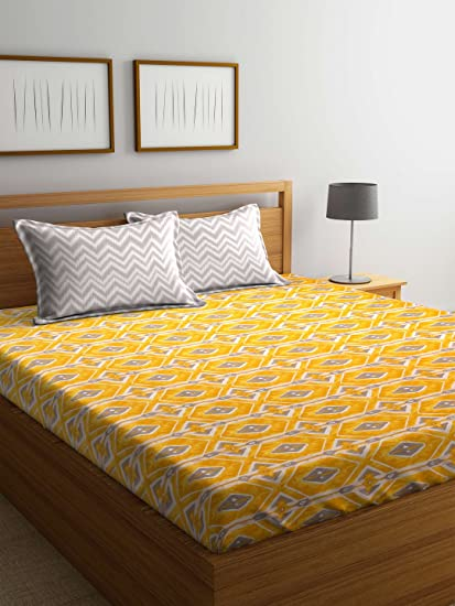 f6bbe94426a Trident Comfort Living 120 TC Cotton Double Bedsheet with 2 Pillow Covers -  Geometric