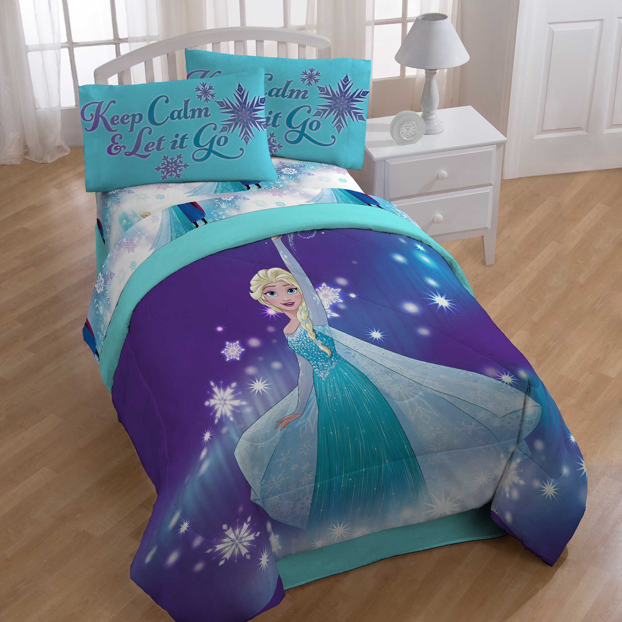 Frozen Magical Winter Twin/Full Reversible Comforter and twin sheets