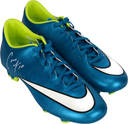 ccf202afc Carli Lloyd US Women's Soccer Team 2015 World Champions Autographed Green & Blue  Nike Cleats -