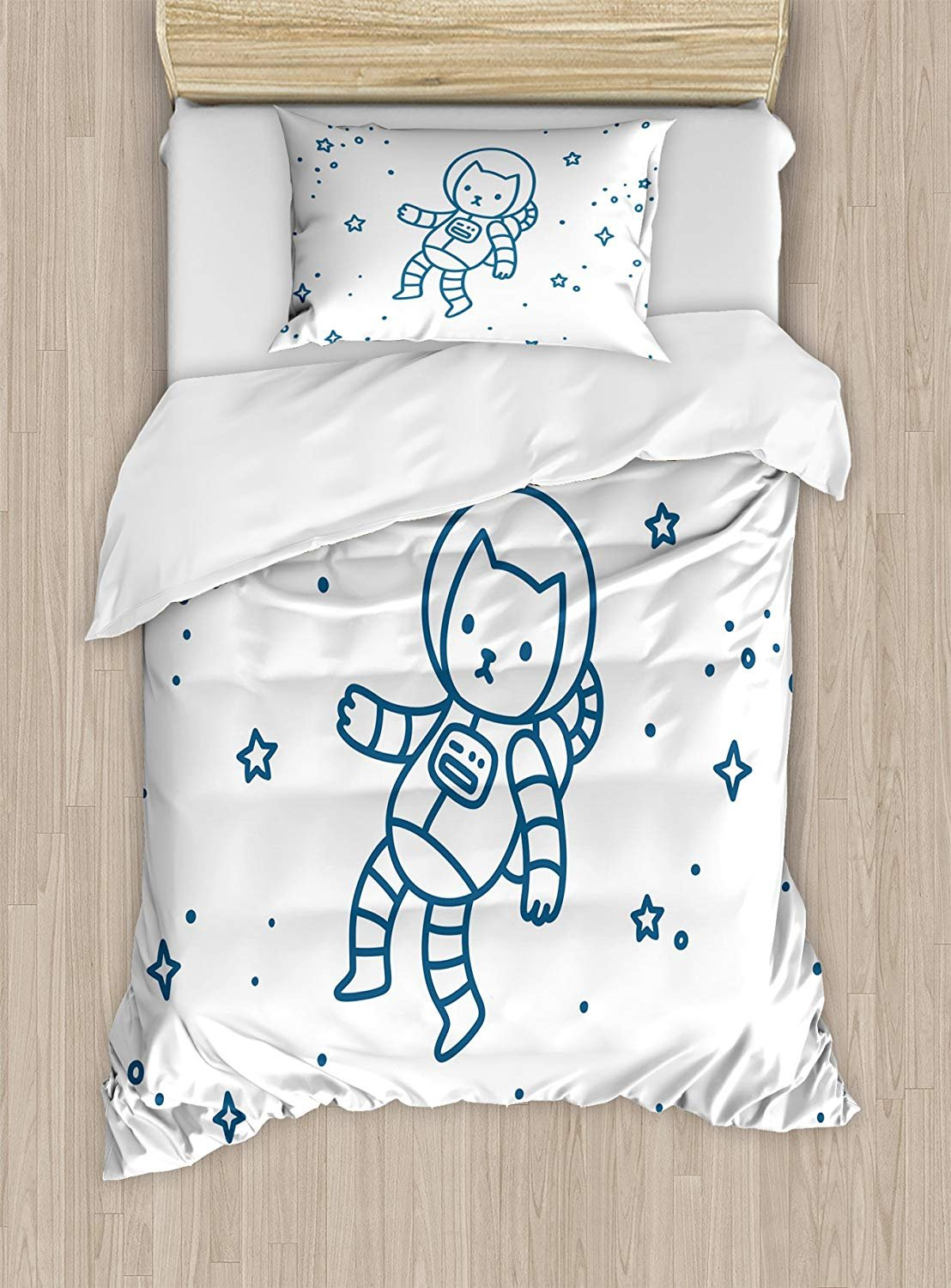 Twin XL Extra Long Bedding Set, Kids Duvet Cover Set, Cute Cartoon Astronaut Pioneer Cat Flying in Outer Space Doodle Style Constellation, Cosy House Collection 4 Piece Bedding Sets
