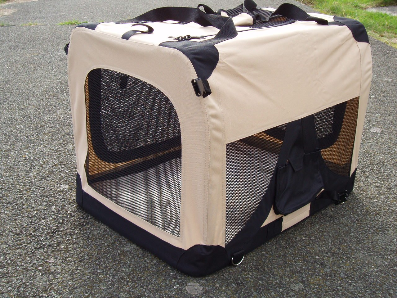 extra large dog crate folding fabric oxford d beige xl cm  - extra large dog crate folding fabric oxford d beige xl cm vehicleisofix anchor points for the ultimate in safety free zipped fleece liner