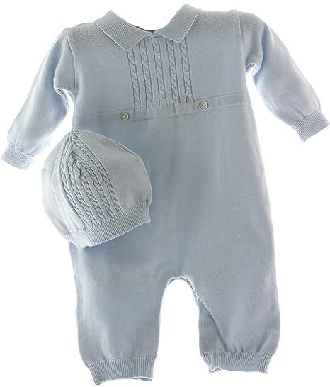 ba9ab0cb807 Amazon.com  Boys Blue Knit Take Home Layette Set with Hat  Clothing