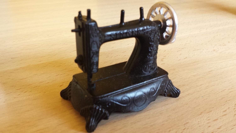 Sacapuntas máquina de coser antigua, Playme, (años 70-80) en color ...