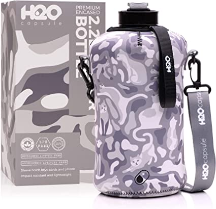 Amazon Com H2o Capsule 2 2l Half Gallon Water Bottle With Storage Sleeve Tritan Bpa Free Large Water Bottle 2 2 Liter 74 Ounce Big Sports Bottle Jug With Handle Camo Cats Sports Outdoors