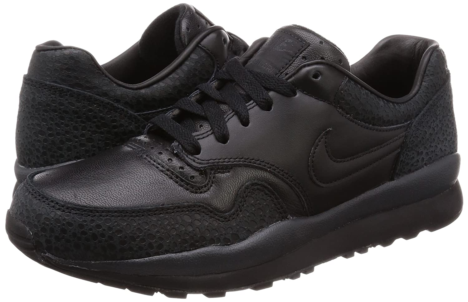 half off 0a527 83b99 Amazon.com  Nike Mens Air Safari QS Basketball Shoes  BlackBlack-Anthracite AO3295-002  Shoes
