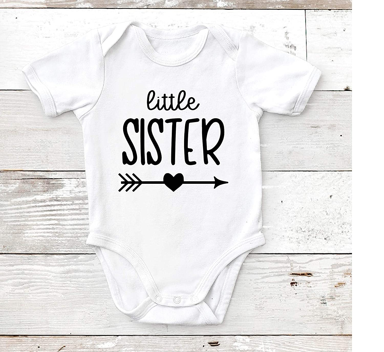 96ec9033b Little Sister, Baby Bodysuit, Custom Baby Shower Newborn Gift, Toddler T  Shirt: Amazon.ca: Handmade