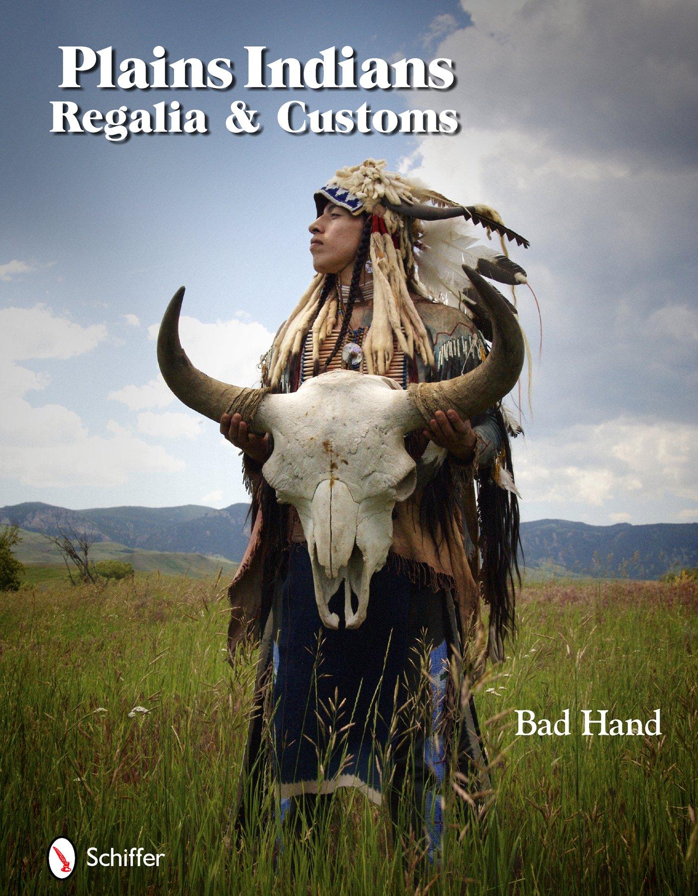 Download Plains Indians Regalia & Customs ebook