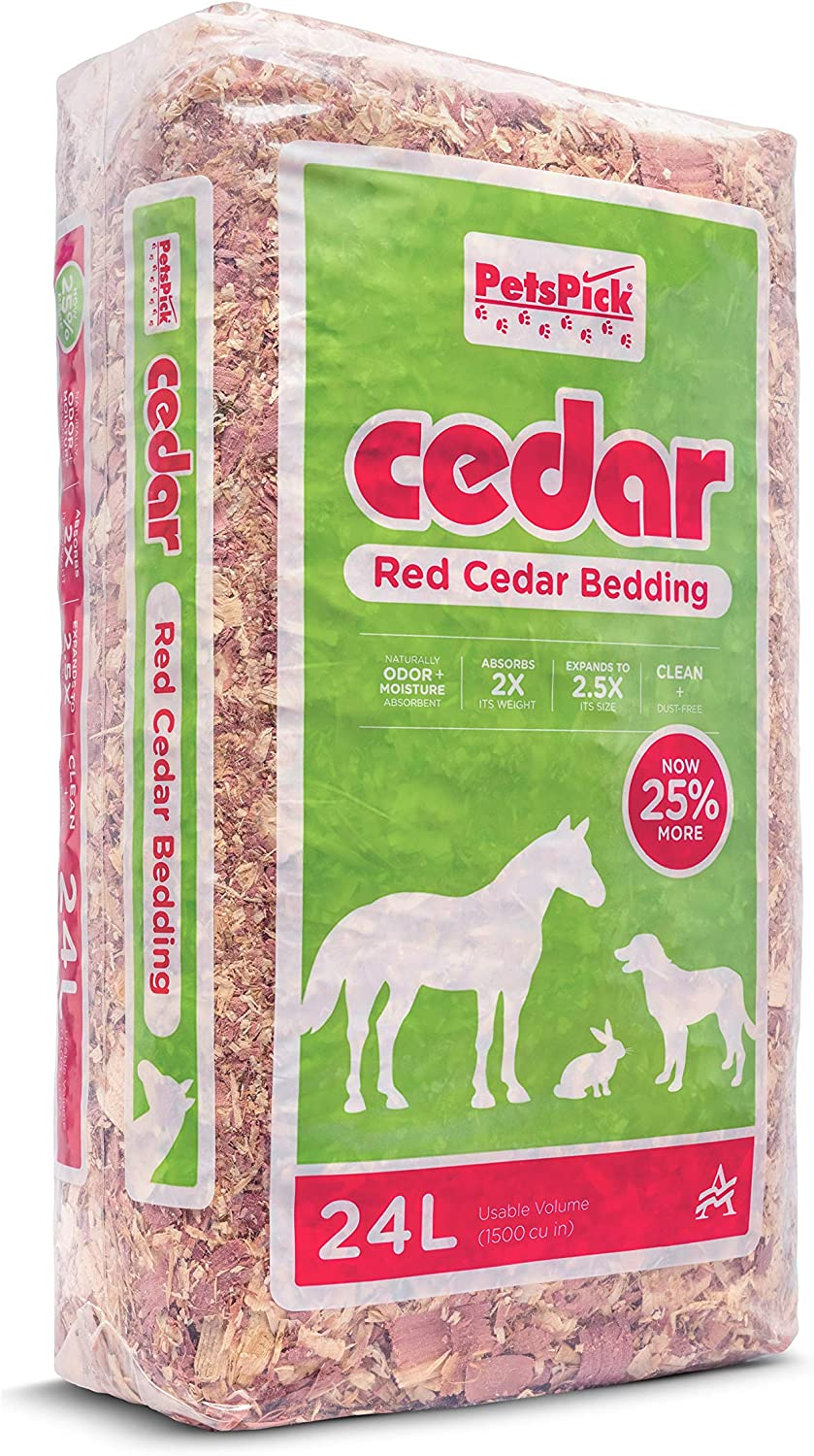 PETSPICK Red Cedar Pet Bedding for Dogs and Horses