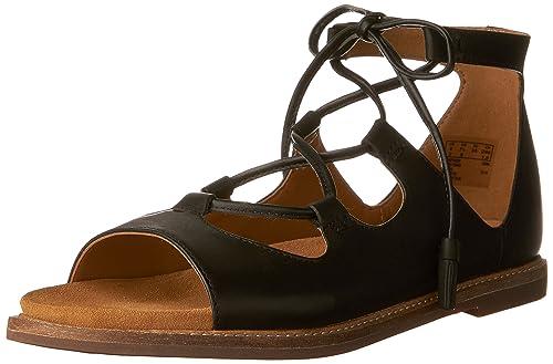 d6ffa0119b9 Clarks Women s Corsio Dallas Flat Sandals  Amazon.ca  Shoes   Handbags