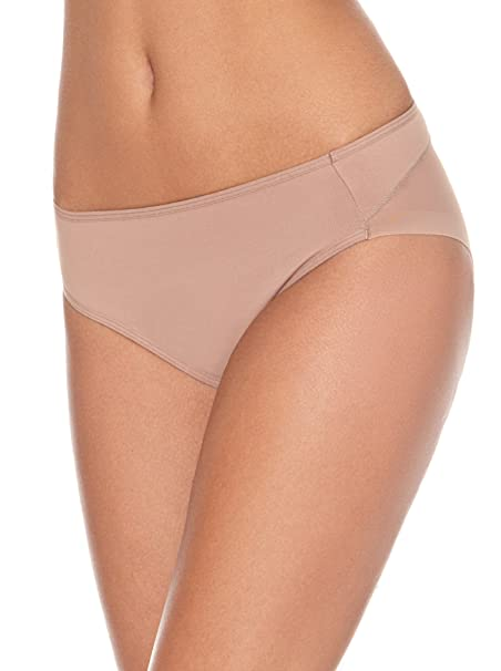 04e48dc958b0 Leonisa Truly Invisible Control Brief at Amazon Women's Clothing store: