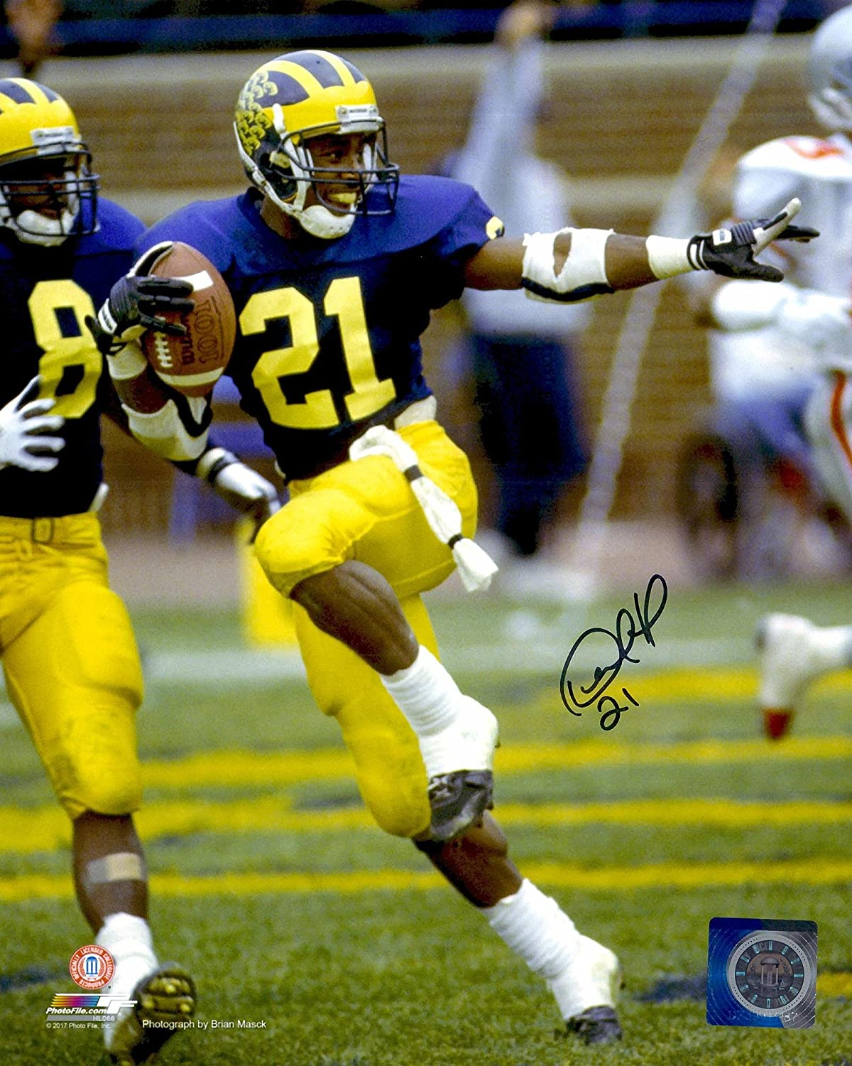 Desmond Howard Michigan Wolverines Autographed 8' x 10' Heisman Pose Photograph - Fanatics Authentic Certified