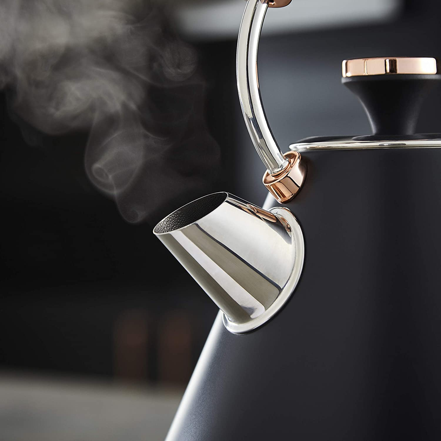 Tower T10044MNB Cavaletto Pyramid Kettle, Rapid Boil, 1.7 L, Stainless Steel, 3KW, Midnight Blue and Rose Gold Black