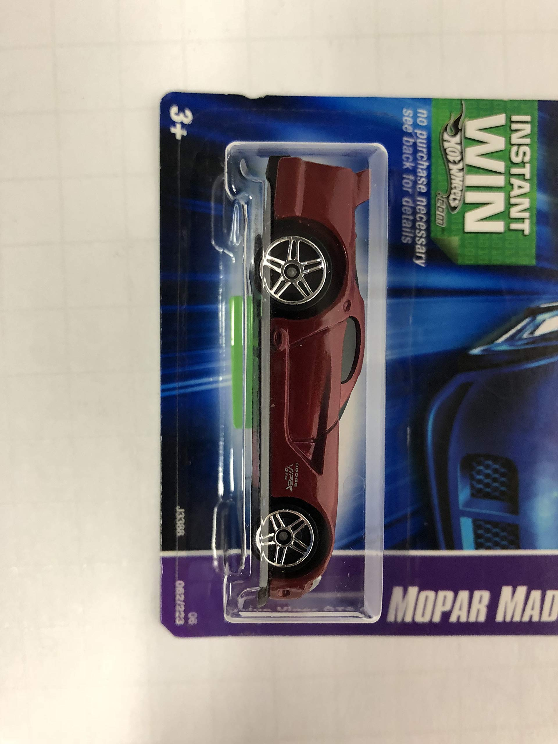 Dodge Viper GTS R Mopar Madness No. 062 Hot Wheels 2006 1/64 scale diecast car