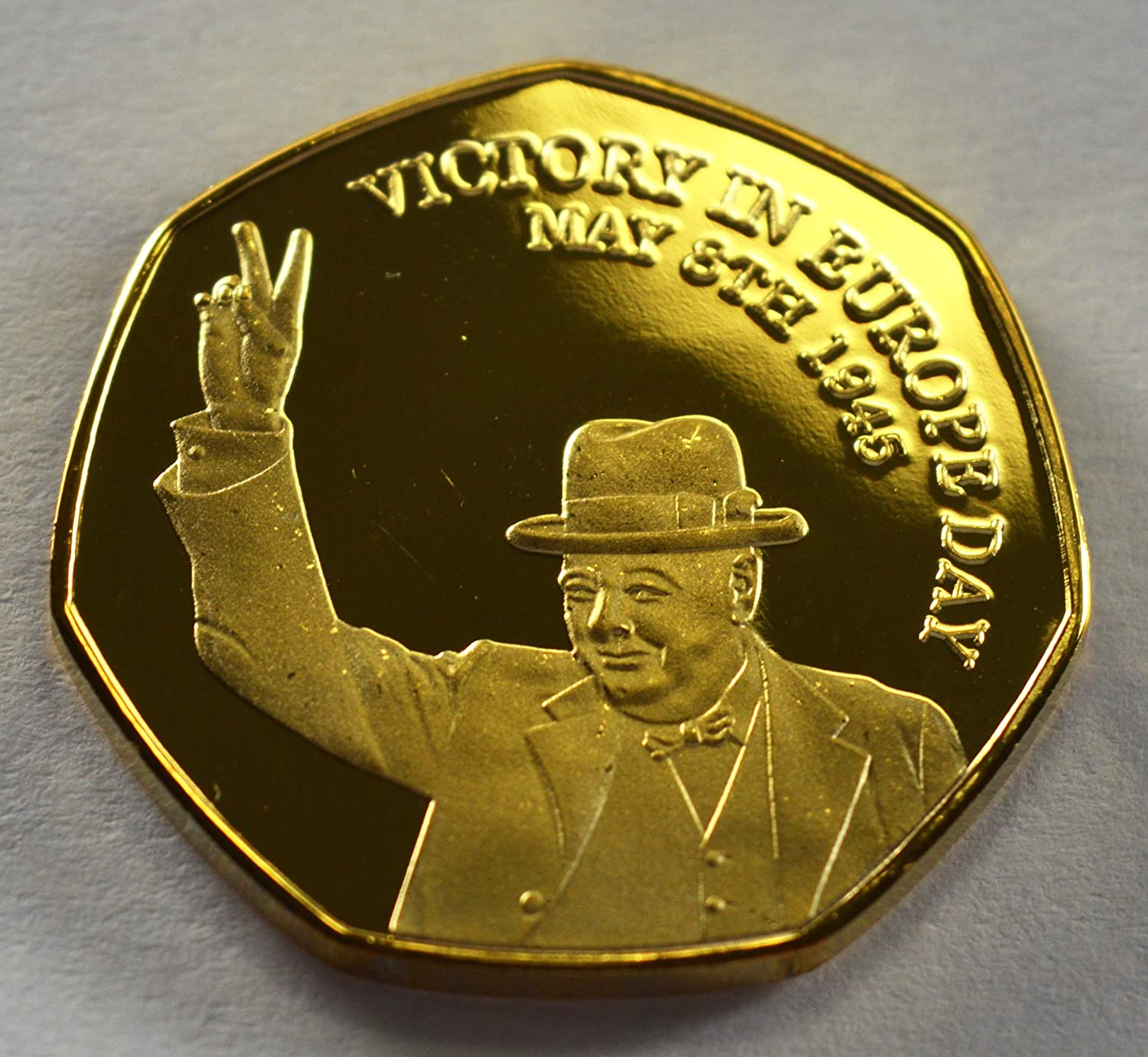 Pair of WINSTON CHURCHILL /& VE DAY Commemorative Coins 24ct Gold and .999 Fine Silver Albums//50p Collectors WW2